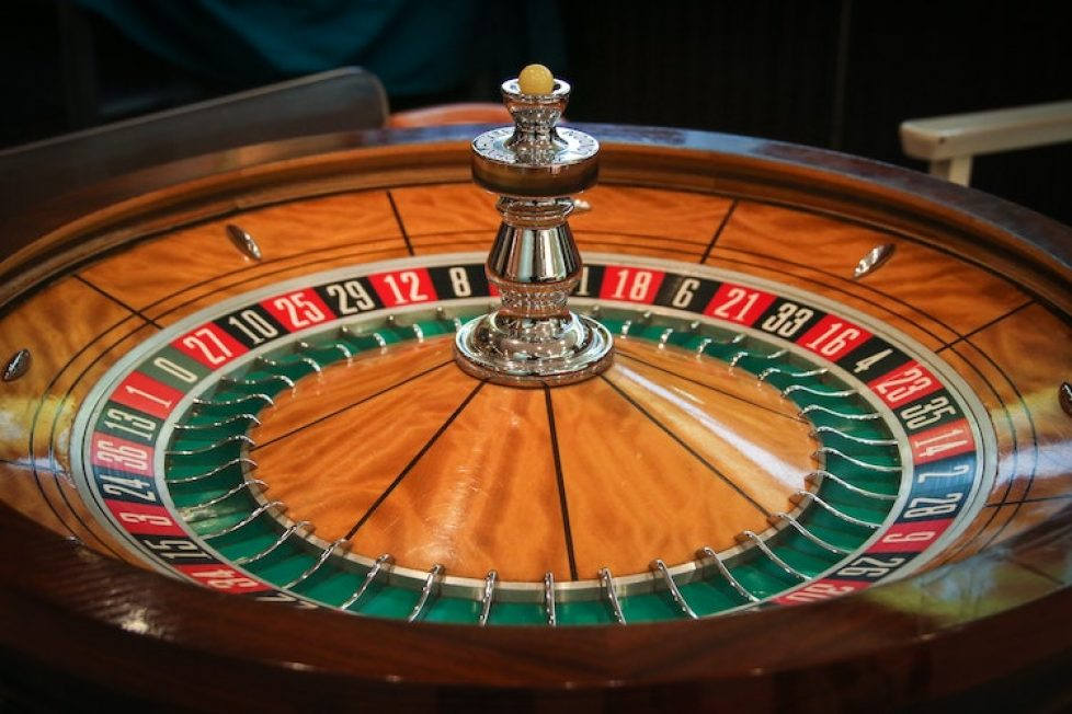 The Crucial Difference Between Online Casino and Google